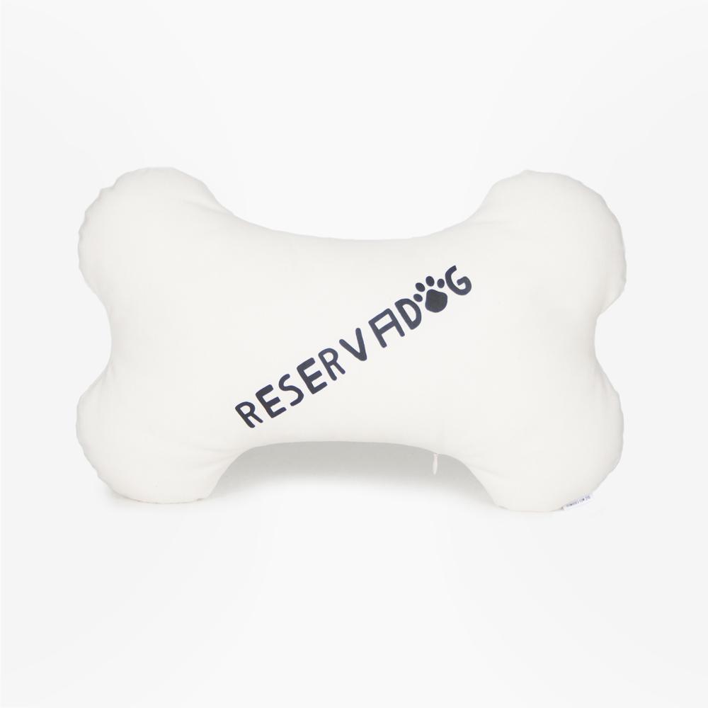 cojin_hueso_frase_reservadog.jpg
